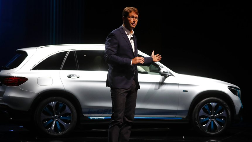 Spiegel: Daimler plaća do milijardu evra kazne za dizel šibicarenje