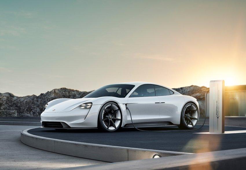 Porsche uzima zajam u iznosu od milijardu evra zbog Taycana