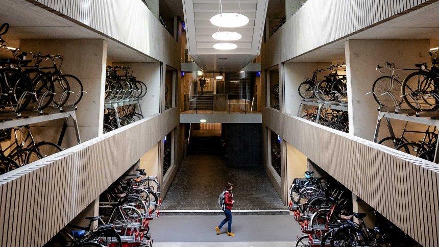 Puštena u rad najveća svetska garaža za bicikle