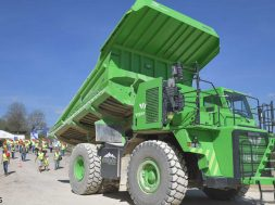 meet-the-world-s-largest-ev-the-elektro-dumper