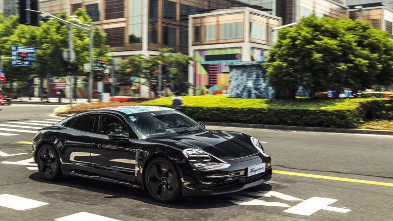 Video analiza: Da li će Porsche Taycan moći da se nosi s Tesla Modelom S?