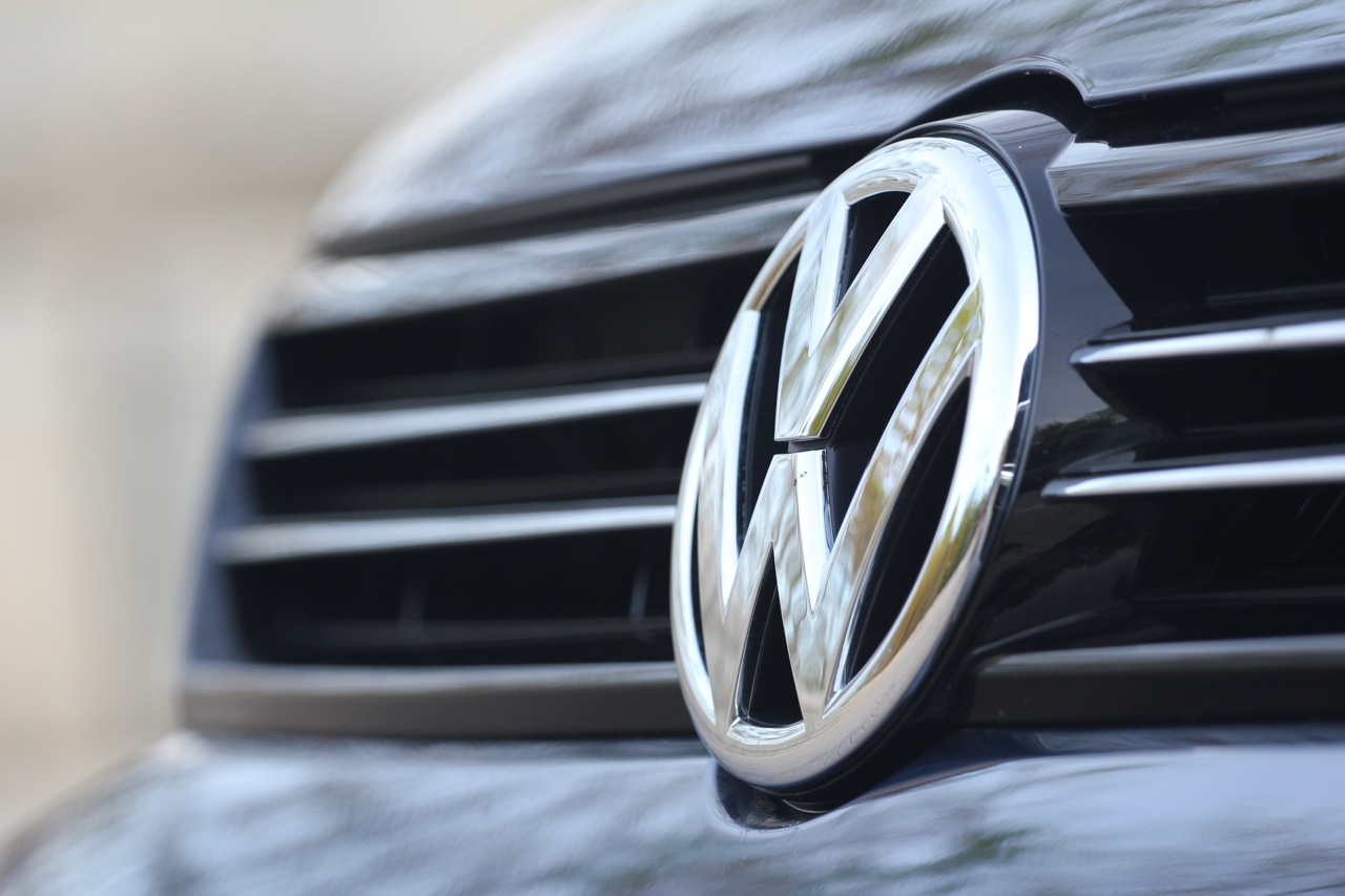 Volkswagen menja logo, premijera u Frankfurtu