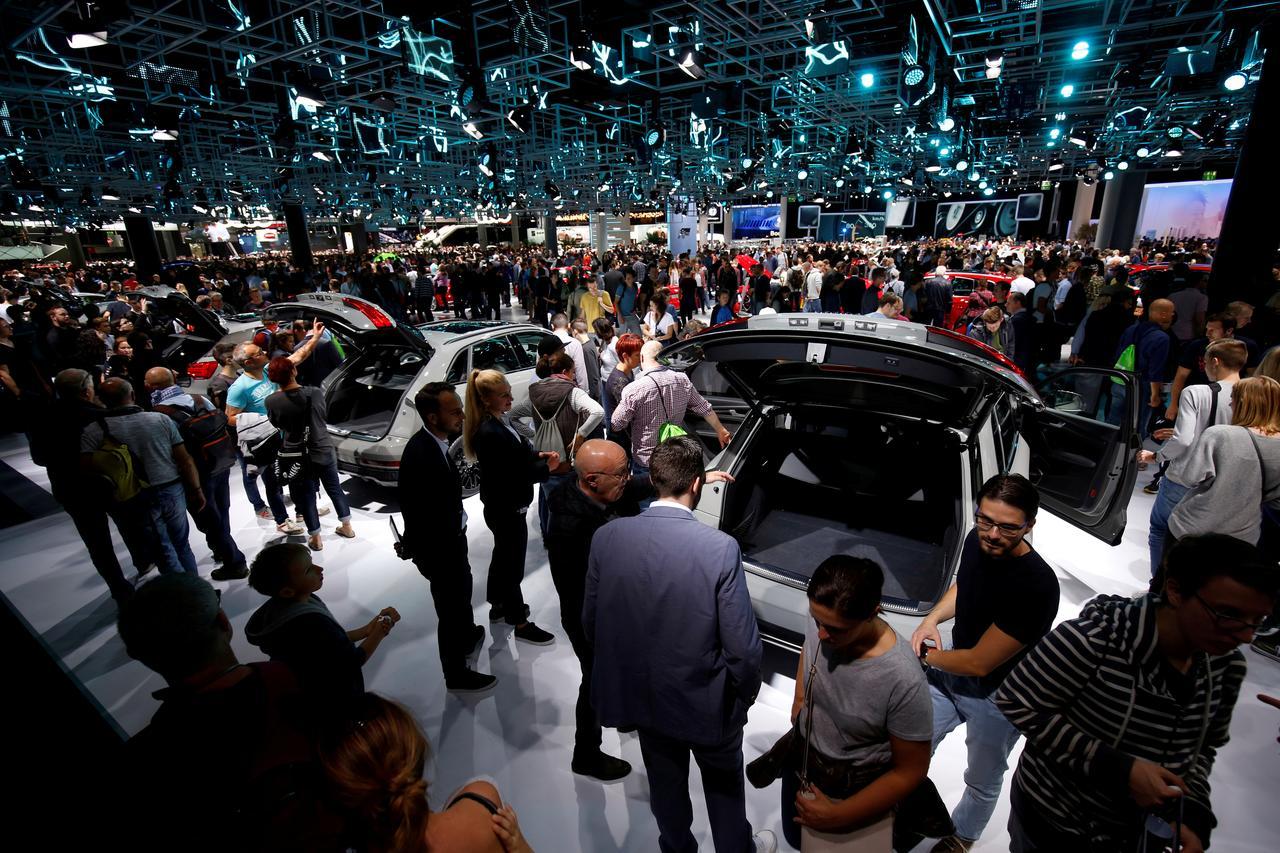 Drastičan pad posete na Salonu automobila u Frankfurtu bi mogao označiti njegov kraj