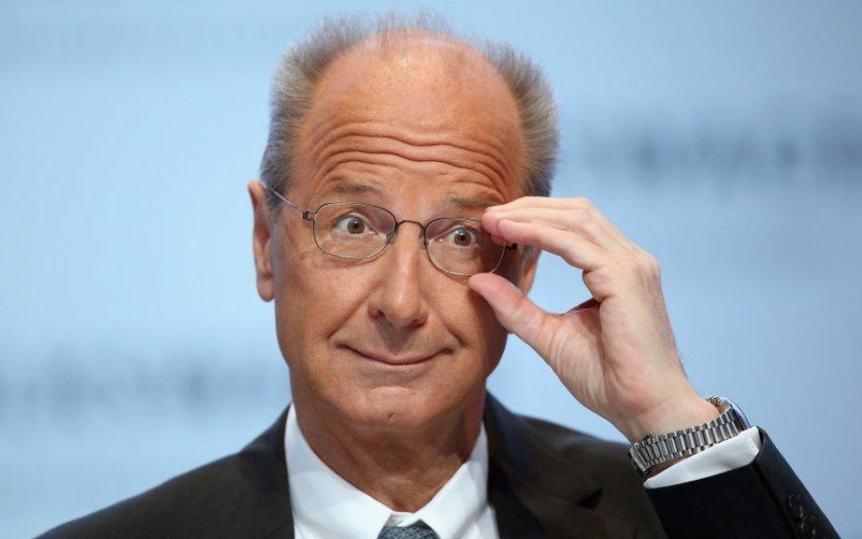 Radnici Volkswagena aplaudirali predsedniku Peču