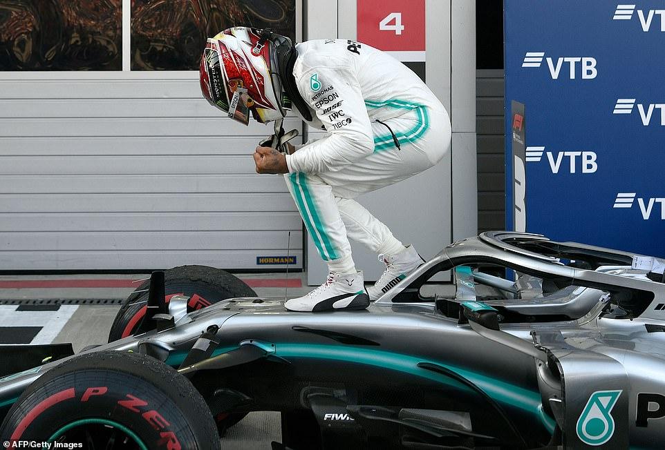 Hamilton perfektno iskoristio nesnađenost Ferrarija i došao do nove pobede