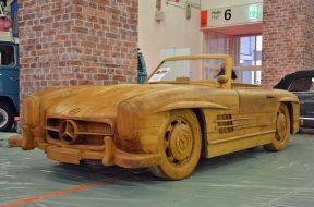Drveni Mercedes 300 SL Roadster