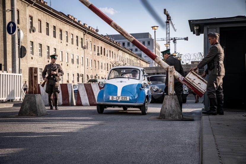 """BMW Isetta kao vozilo """"za bekstvo u slobodu"""" (VIDEO)"""