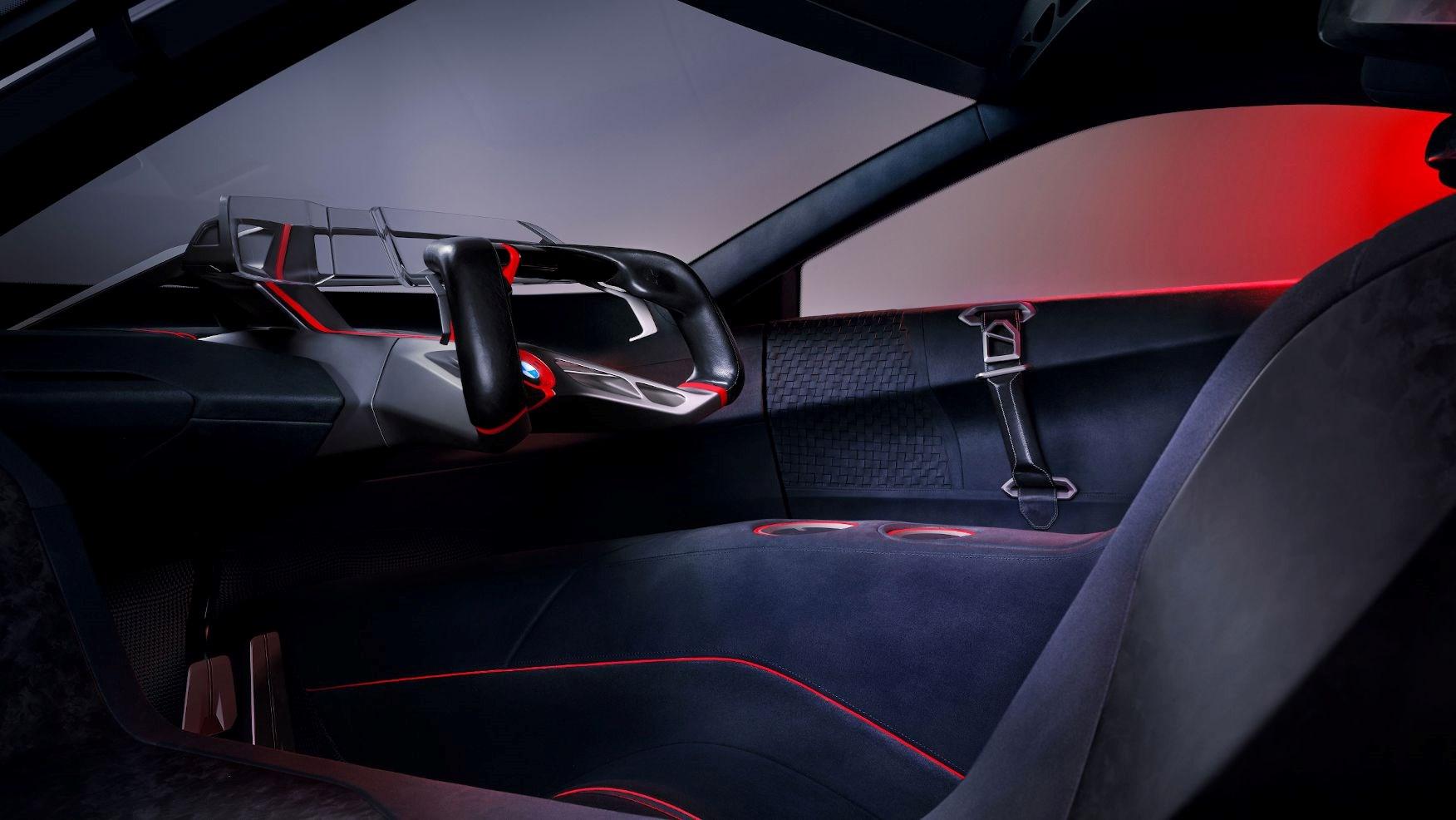 BMW razvio žiroskopski držač za čaše u vozilu