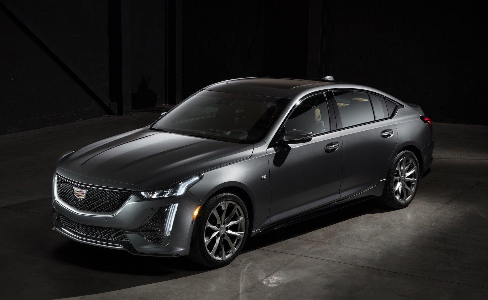 Šef dizajna General Motorsa veruje u bolju budućnost za limuzine