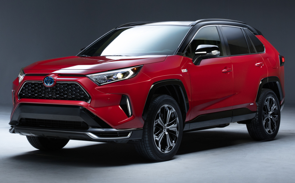 Toyota prikazala PHEV verziju stariteta RAV4