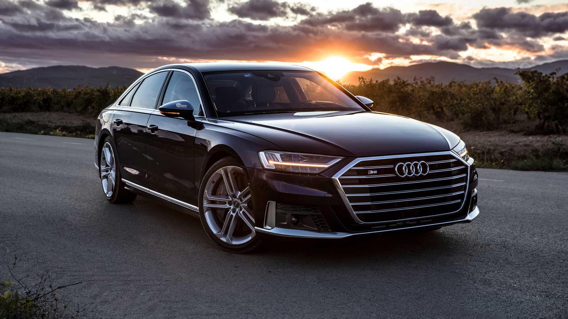 Audi S8 brži nego što kažu fabrički podaci (VIDEO)