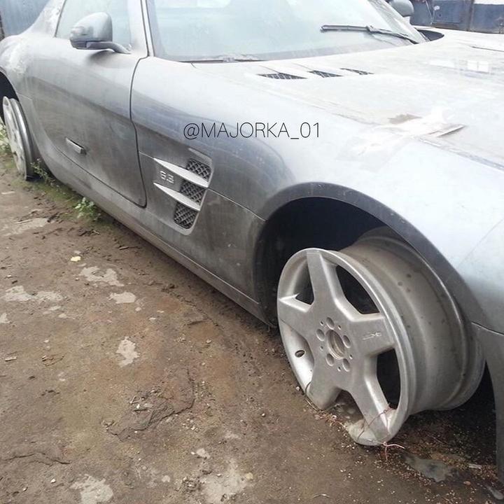Mercedesu SLS AMG neophodan prijem na odeljenje intenzivne nege