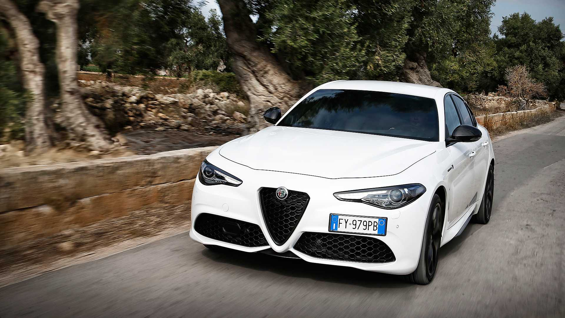 U novembru ubeležen veliki rast prodaje Porschea, Tesle, ali i Alfe Romeo u Nemačkoj