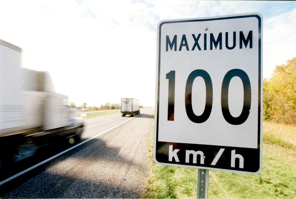 Holandija ograničava maksimalnu putnu brzinu na svega 100 km/h