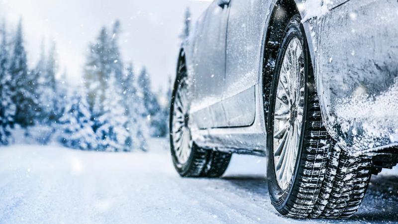 U zimskim uslovima, vozači nemaju nimalo poverenja prema kolegama za volanom