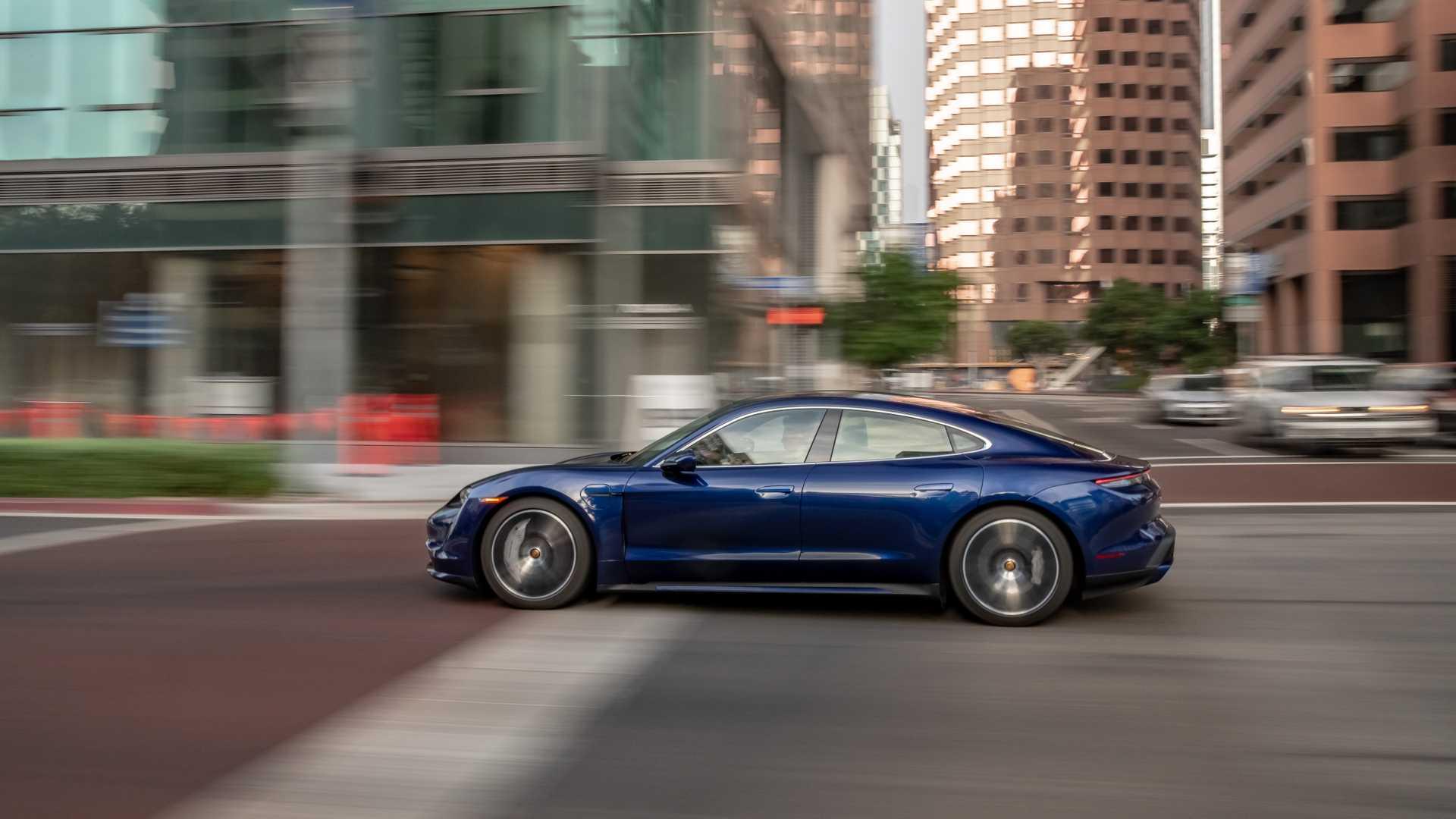 Autonomija Porsche Taycana Turbo manja od nominalne?