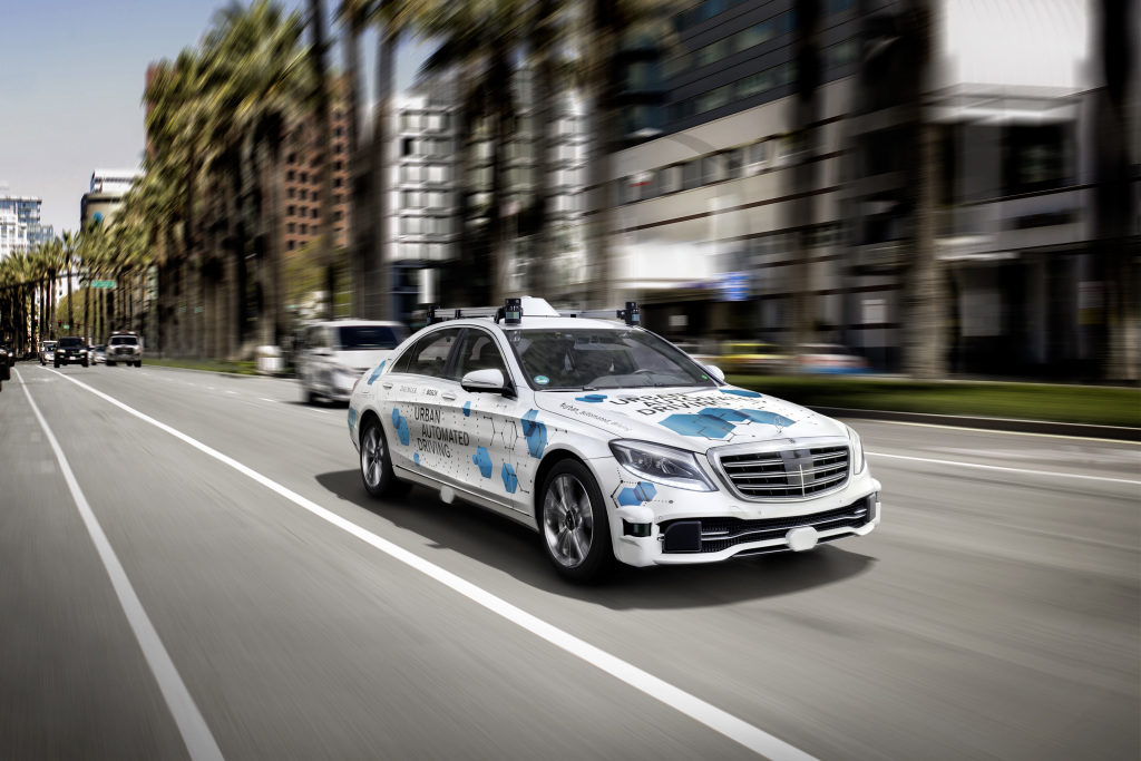 Daimler započinje pilot program testiranja autonomnih taksi Mercedes-Benz S klasa