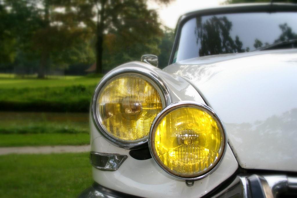 Da li žuti farovi pružaju izvesne prednosti?