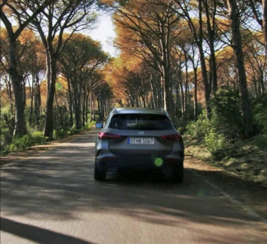Prva fotografija: Mercedes-Benz GLA