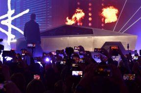 Elon Musk's Tesla unveils electric pick-up 'Cybertruck'