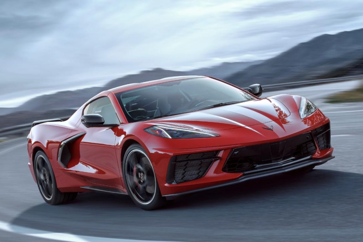 "Chevrolet Corvette C8 Stingray ""Severnoamerički automobil godine 2020."""